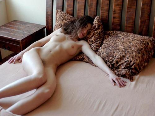 une belle femme nue