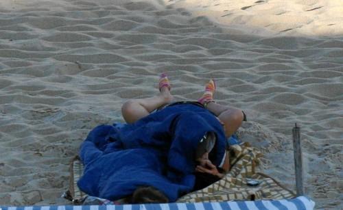 une baise sur la plage