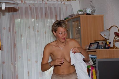 les beaux seins d'une femme