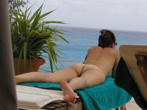 femme bronze nue