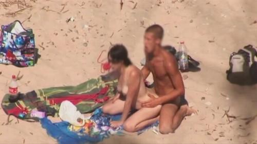 baiser à la plage