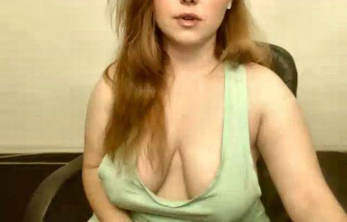 grosse poitrine de sa femme pour les voyeurs